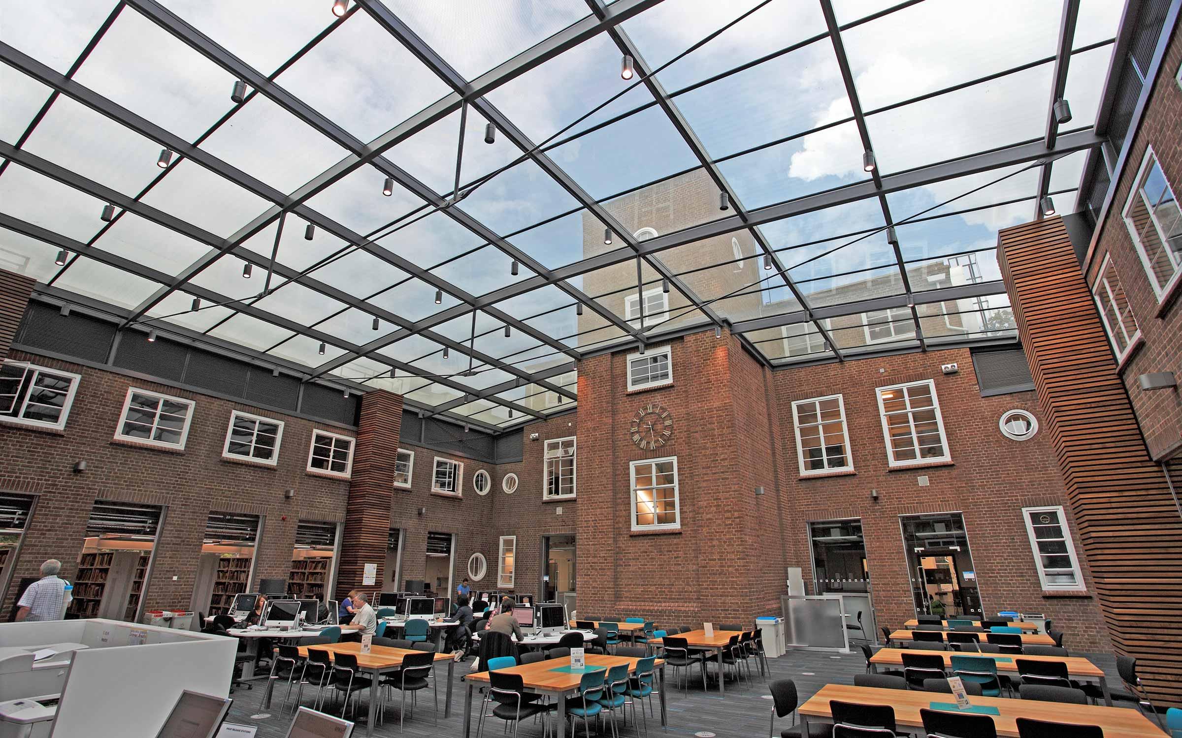 project_kingston-university-london-knights-park_0
